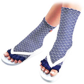 Simple Shift Pedicure Socks